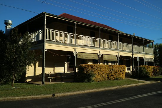 Brushgrove Hotel - Geraldton Accommodation