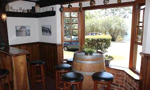 Montville Cafe Bar and Grill - Geraldton Accommodation