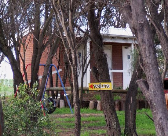 Arthur River Store - Geraldton Accommodation