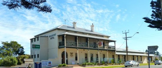 Beachport Hotel - Geraldton Accommodation
