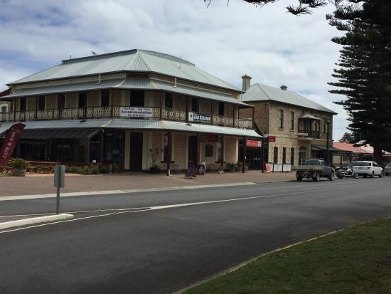 Bompas Cafe - Geraldton Accommodation