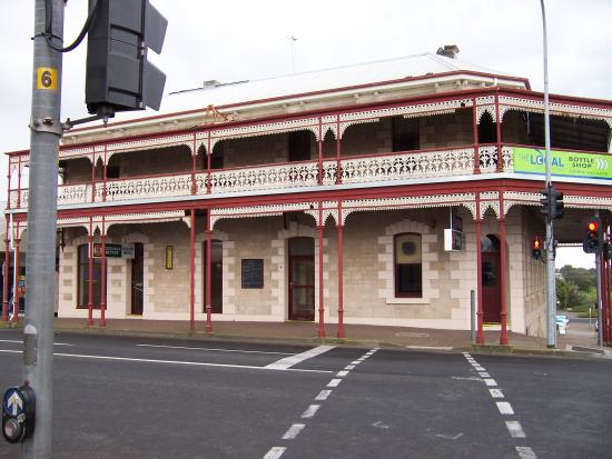 Grand Hotel - Geraldton Accommodation