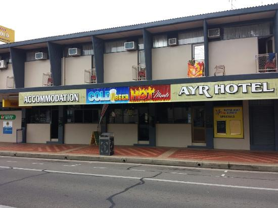Ayr Hotel - Geraldton Accommodation