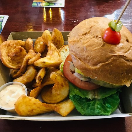 Brent's Burgers - Geraldton Accommodation