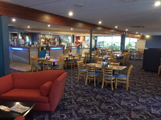 Pittsworth Hotel Motel Bistro - Geraldton Accommodation