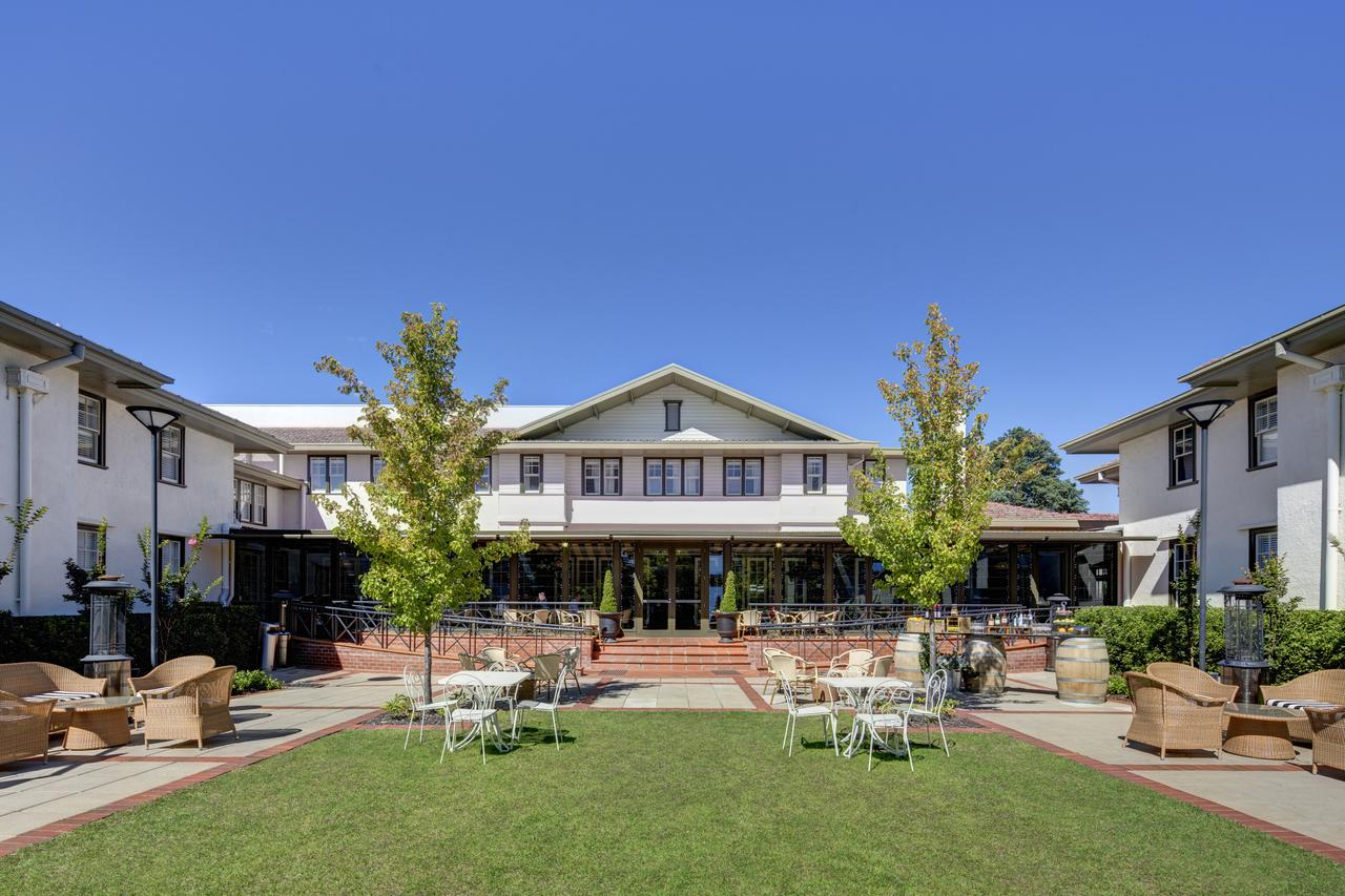 Hotel Kurrajong Canberra - Geraldton Accommodation