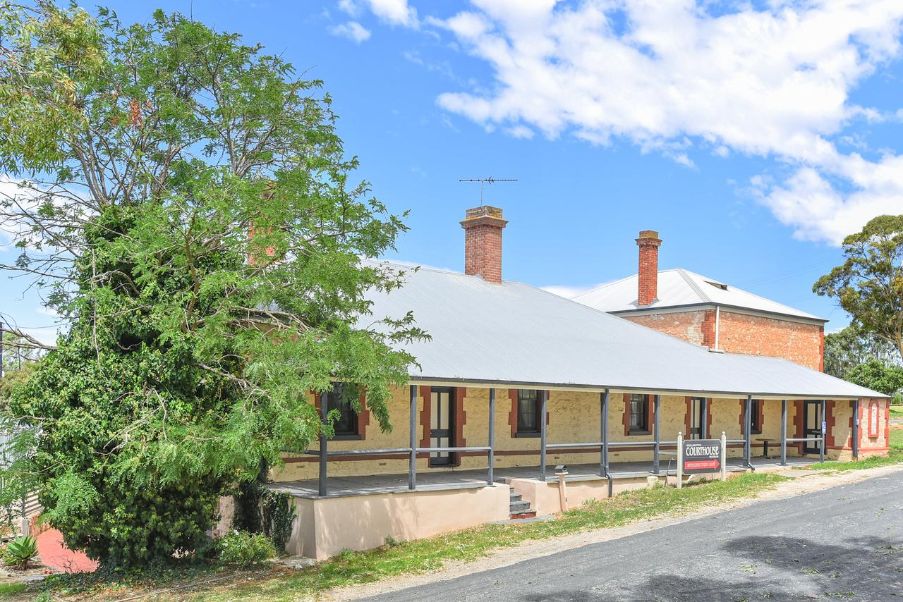 Wellington Courthouse - Geraldton Accommodation