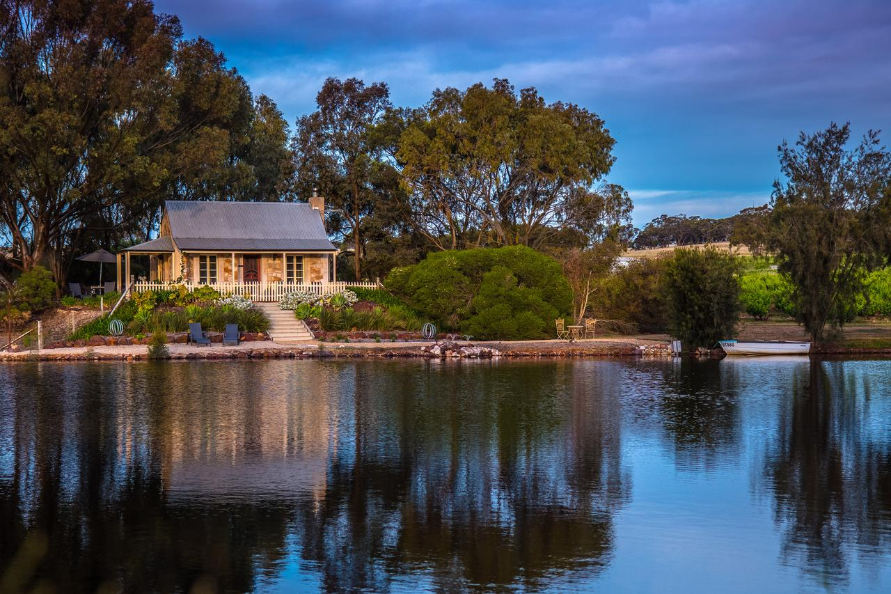 Stonewell Cottages and Vineyards - Geraldton Accommodation