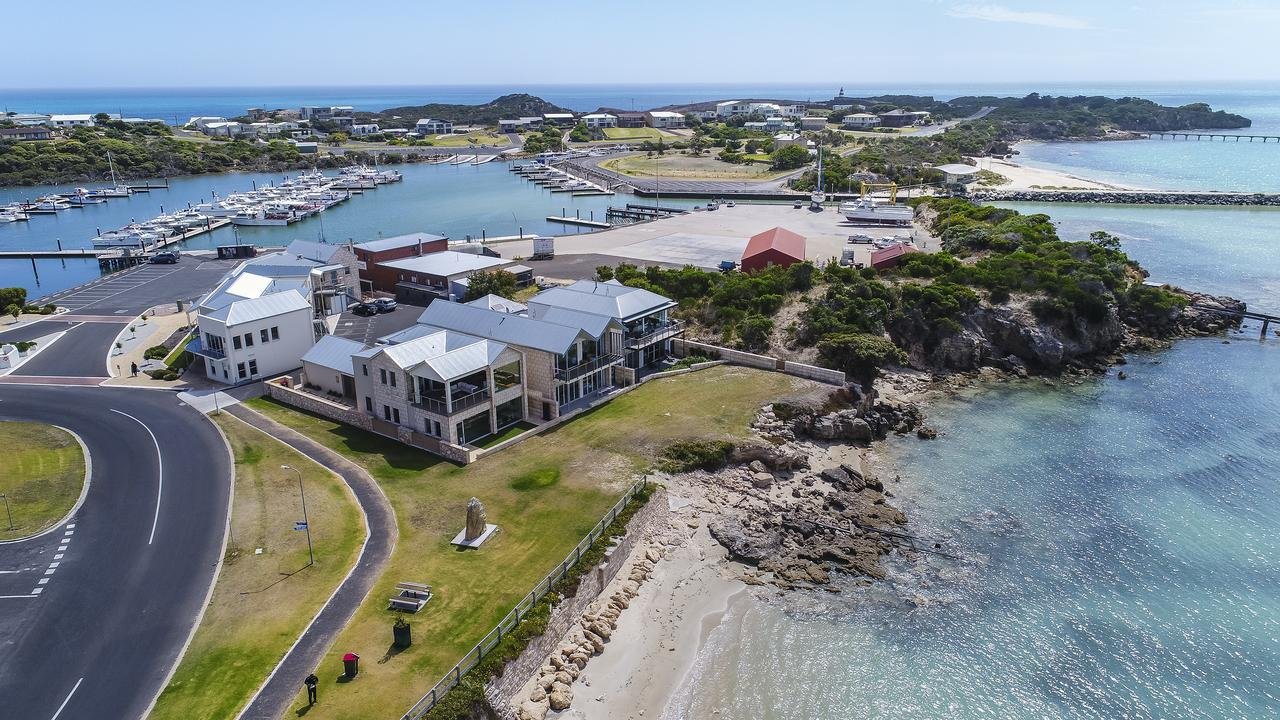 Aloha Accommodation - Geraldton Accommodation