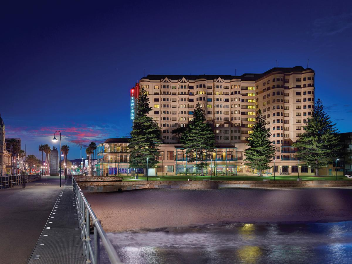 Stamford Grand Adelaide - Geraldton Accommodation