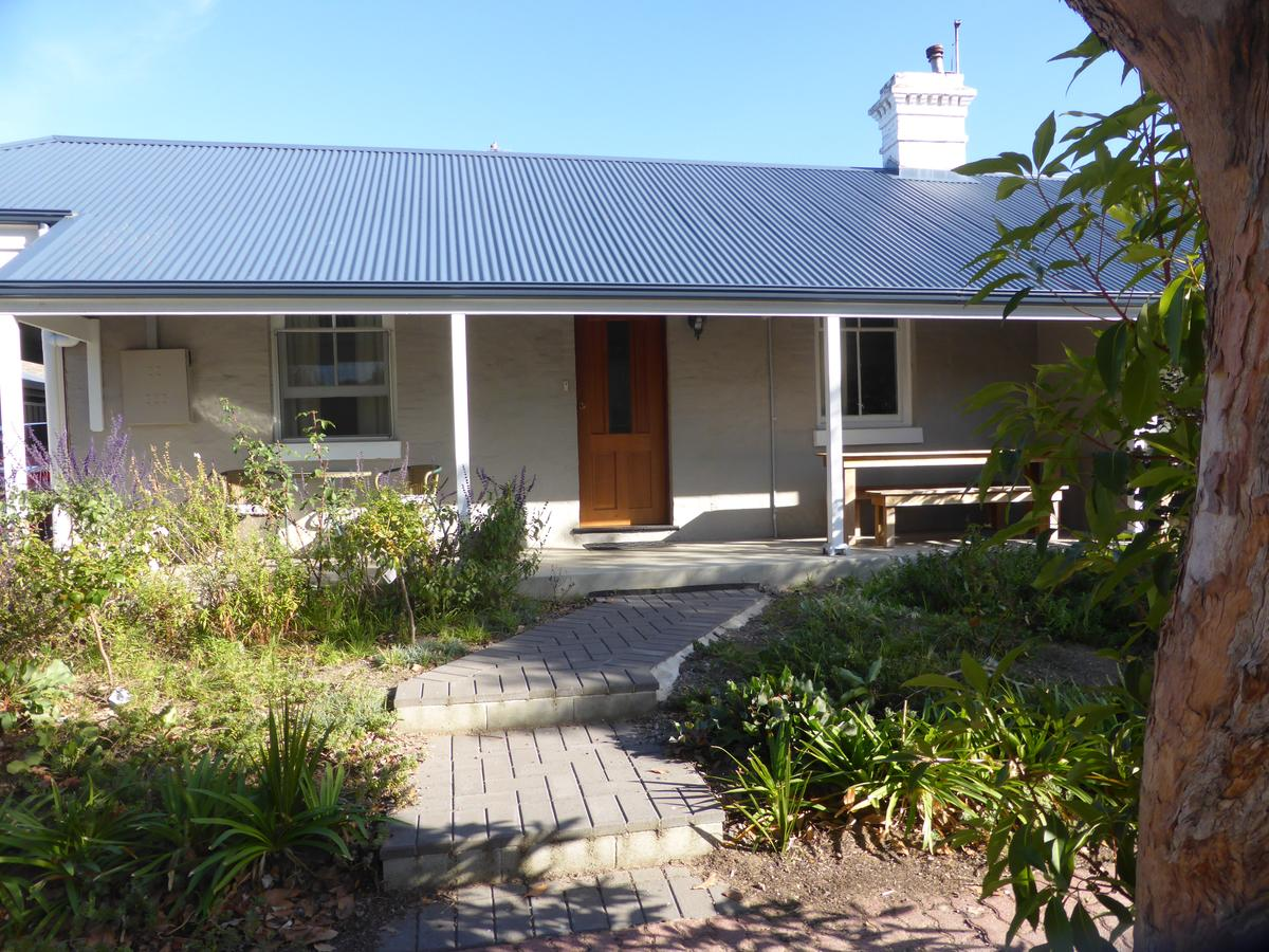Penzance Cottage - Geraldton Accommodation