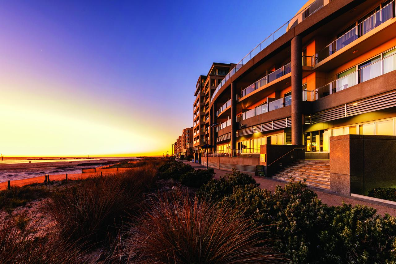 Oaks Plaza Pier - Geraldton Accommodation