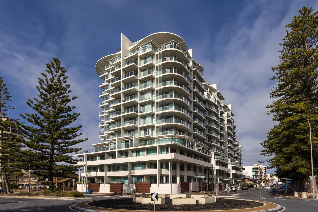 Oaks Liberty Towers - Geraldton Accommodation