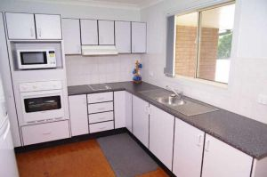 Bellhaven 1 17 Willow Street - Geraldton Accommodation