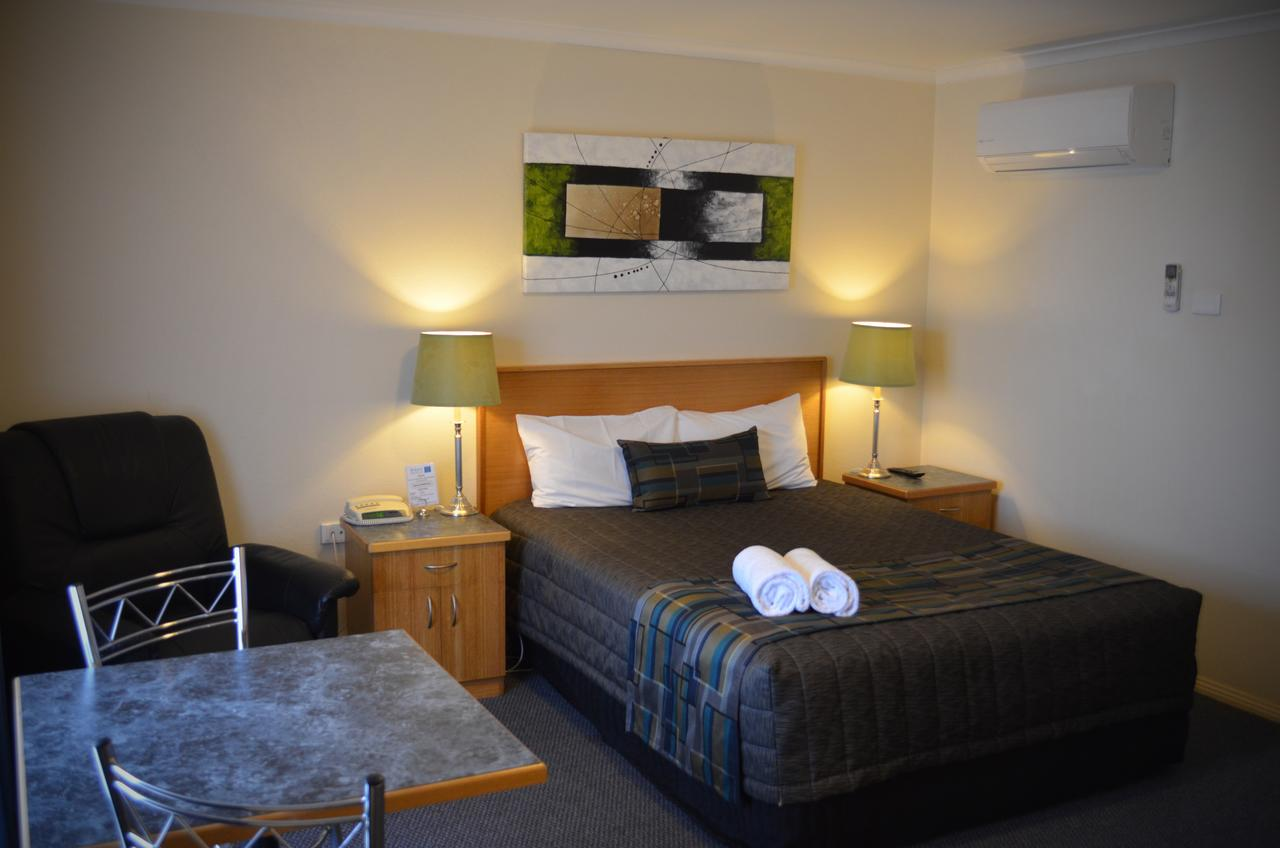 Arkana Motor Inn  Terrace Apartments - Geraldton Accommodation