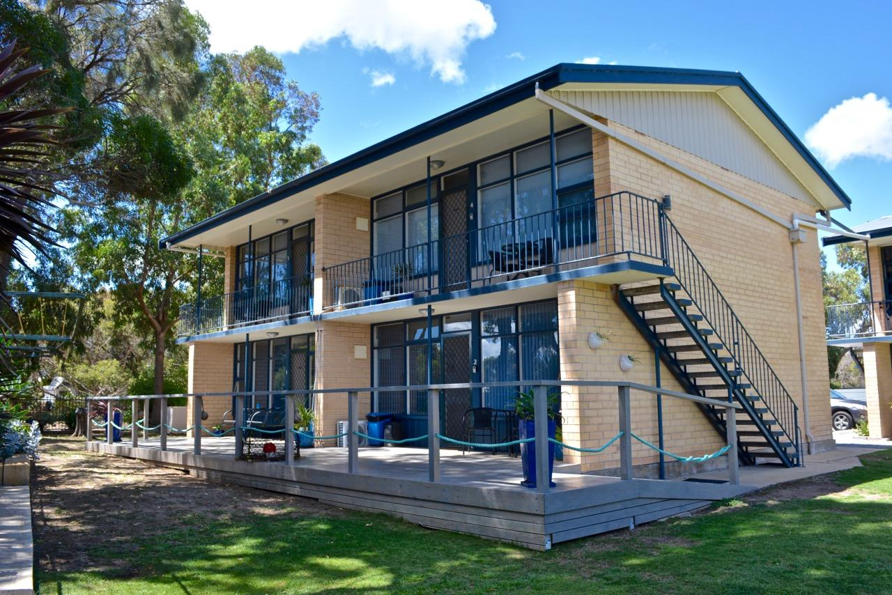 Longbeach Apartments - Geraldton Accommodation