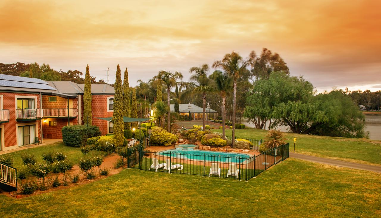 Clare Country Club - Geraldton Accommodation