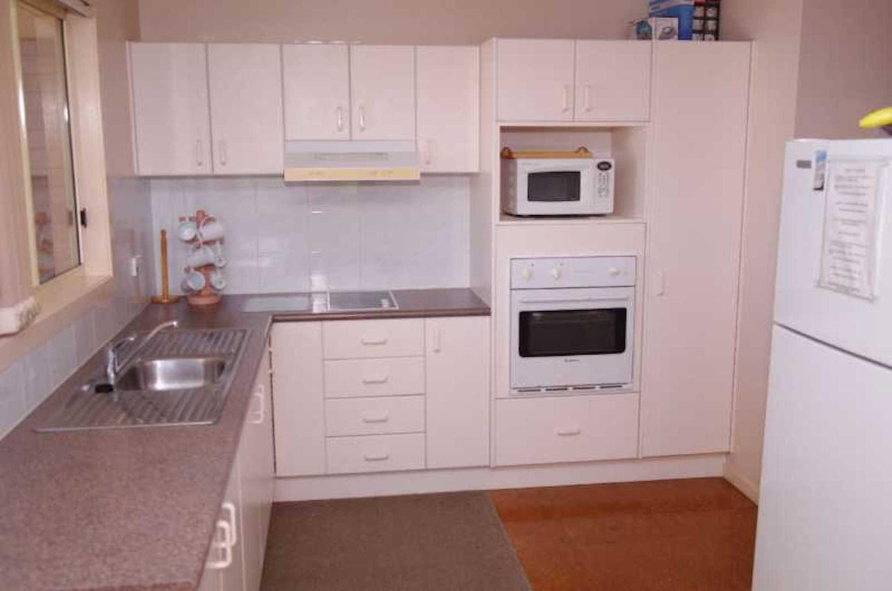 Bellhaven 2 17 Willow Street - Geraldton Accommodation