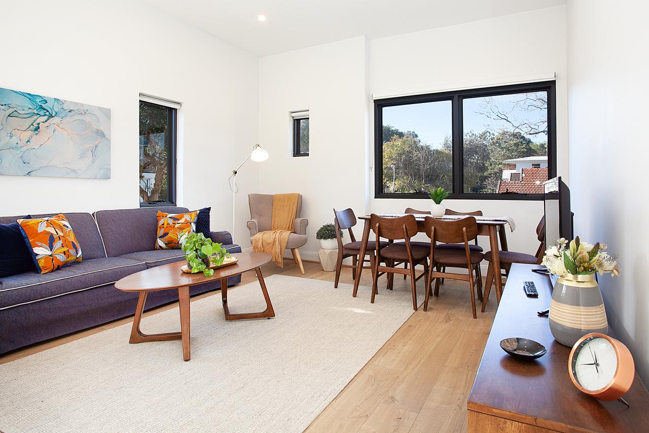 Stylish Apartment With Garage Near Bondi Beach - Geraldton Accommodation
