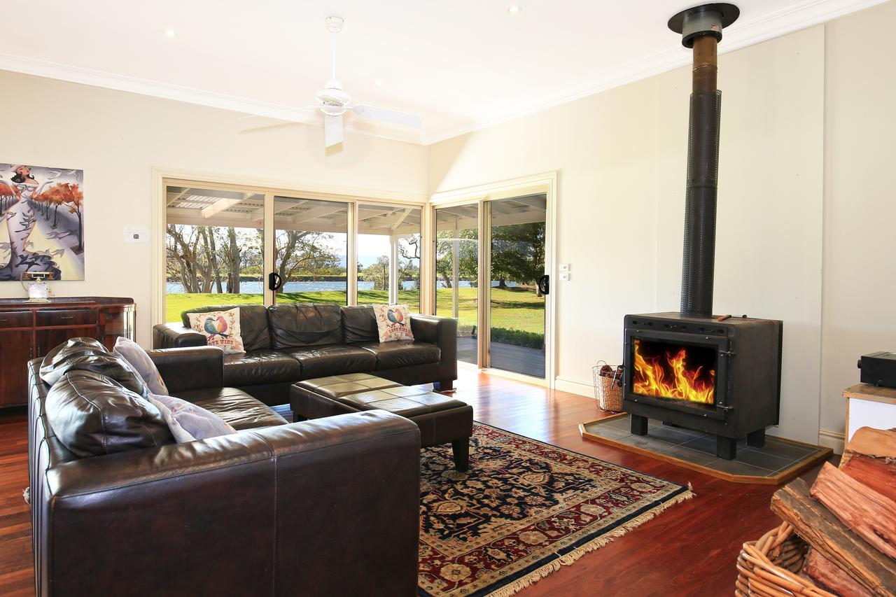 Terara Riverside Retreat - Geraldton Accommodation