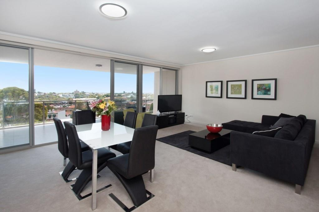 The Junction Palais - Modern and Spacious 2BR Bondi Junction Apartment Close to Everything - Geraldton Accommodation