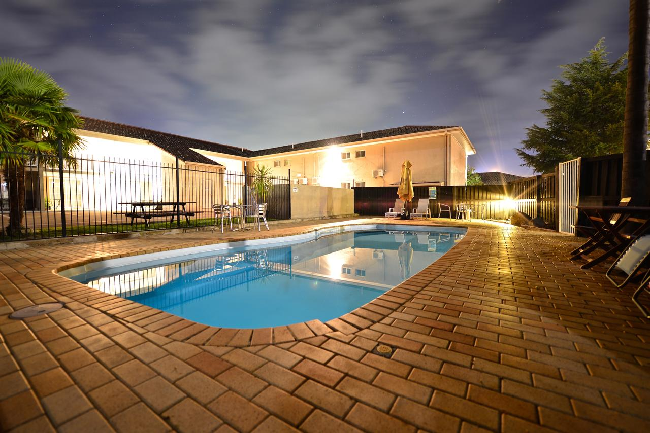Winning Post Motor Inn - Geraldton Accommodation