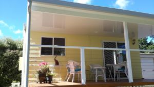 The Best Exotic Magnolia Cottage - Geraldton Accommodation