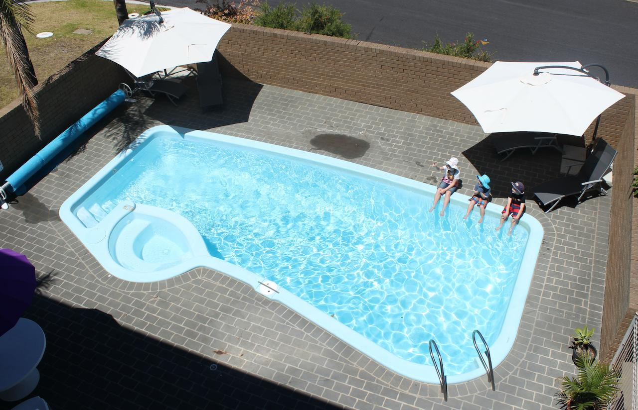 Narooma Palms Holiday Apartments - Geraldton Accommodation