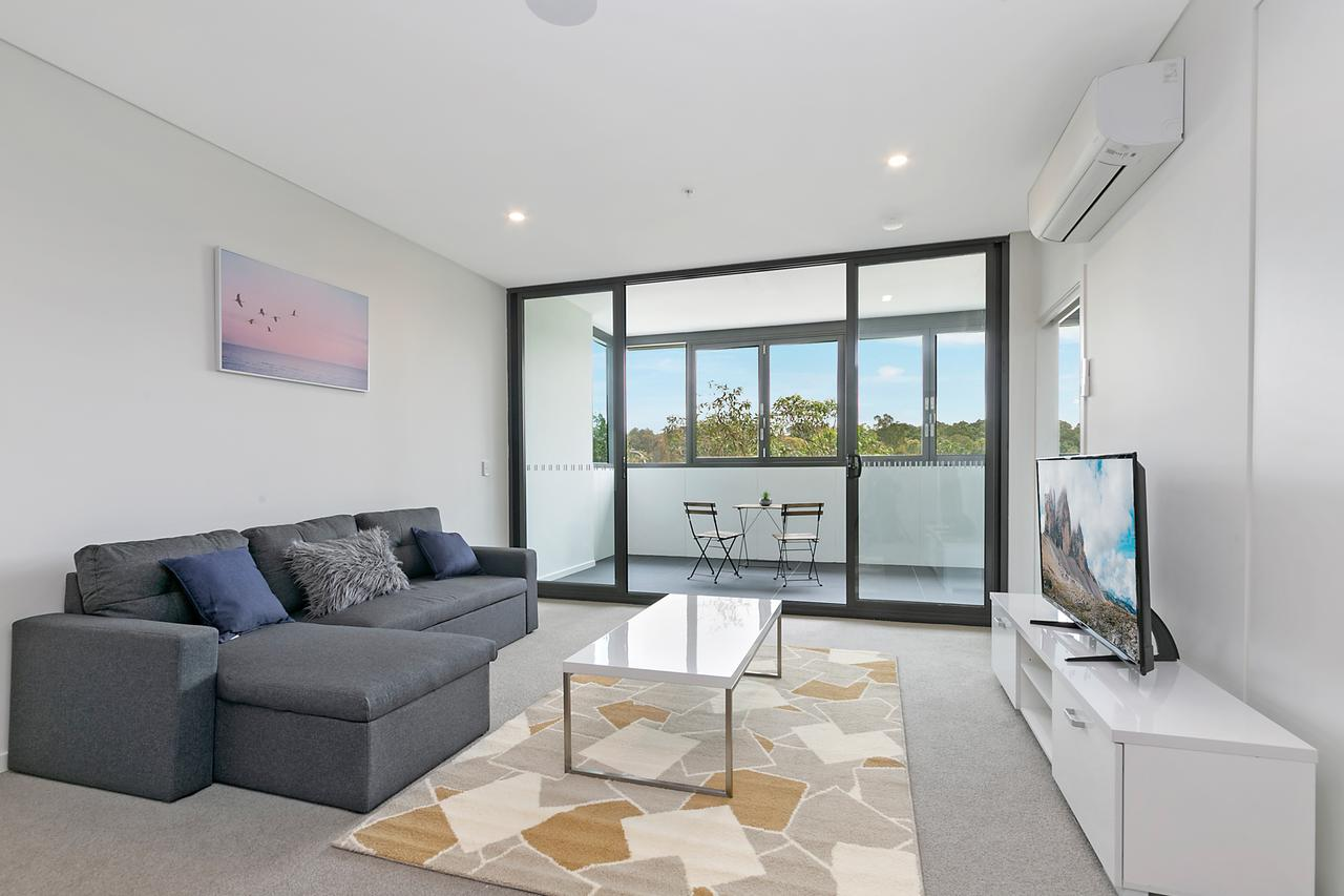 Stylish and Neat two bed apartment in Wentworth Point - Geraldton Accommodation