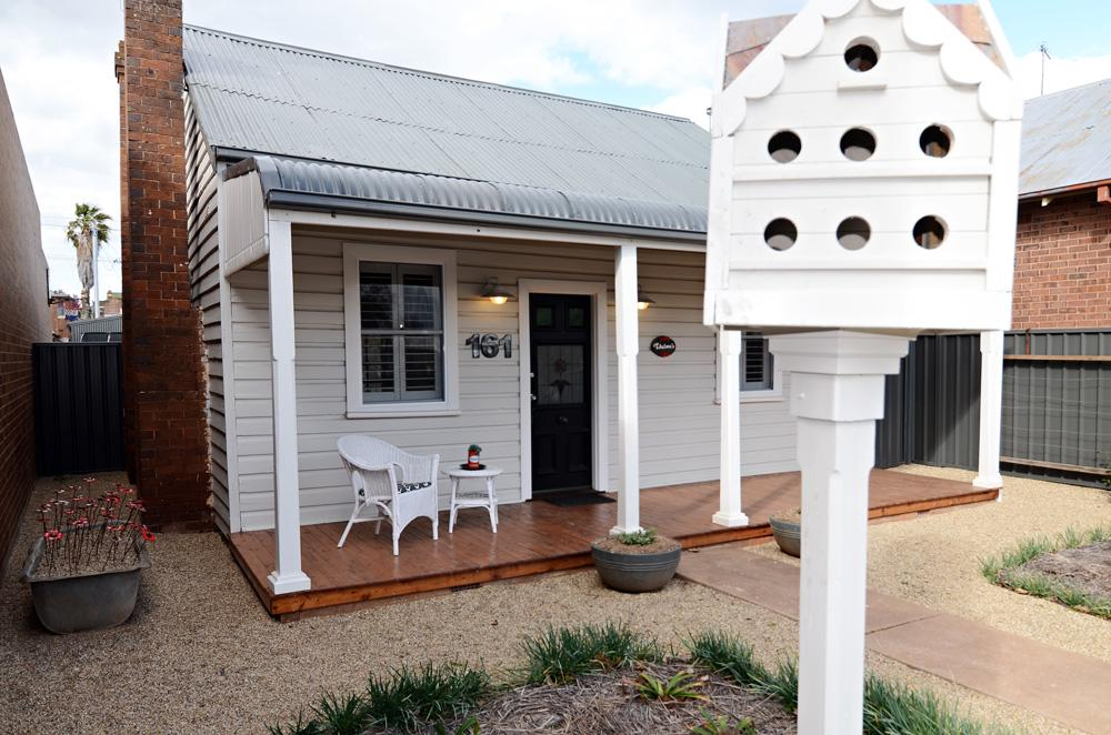 Thelma's Temora - Geraldton Accommodation