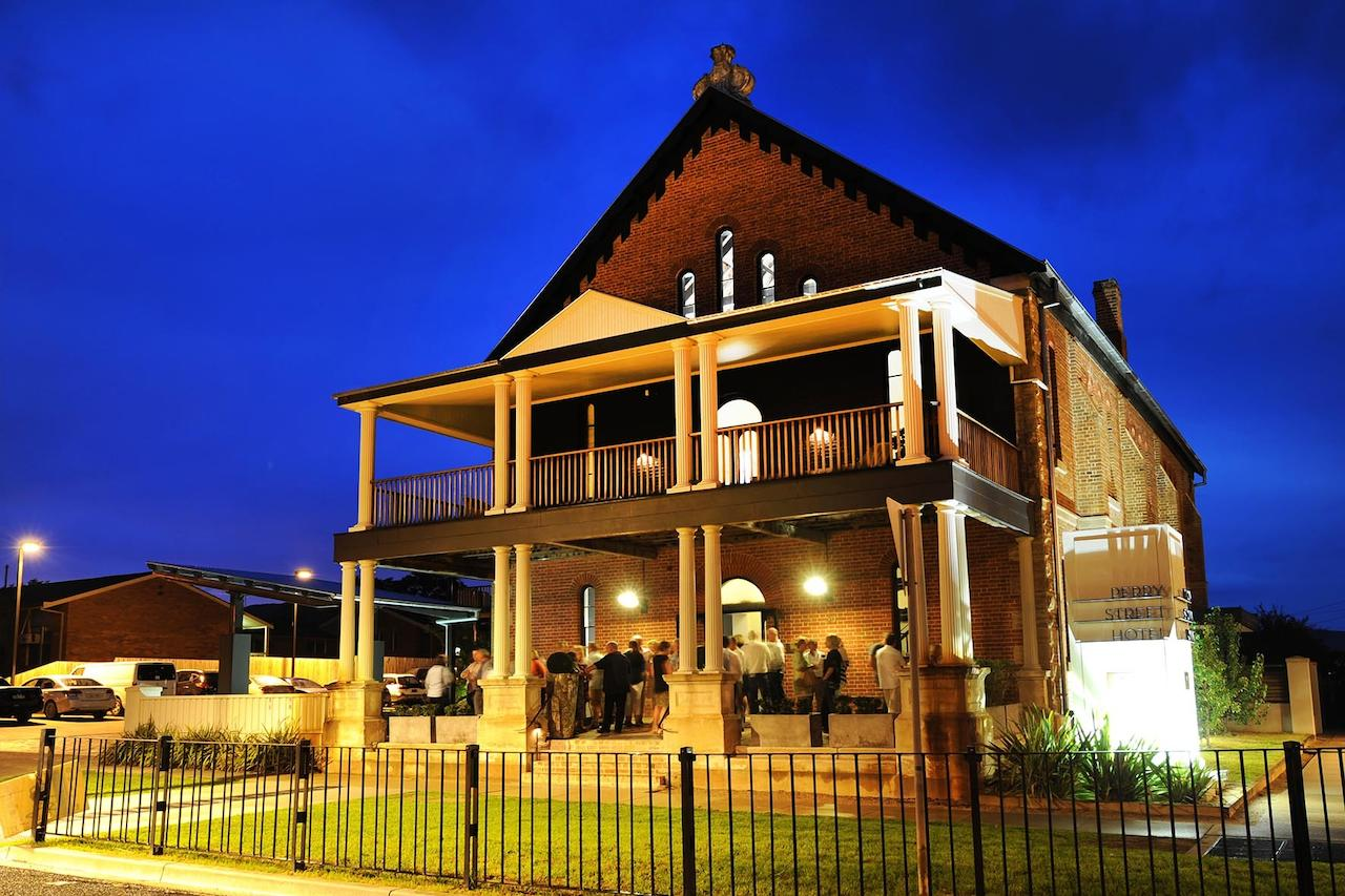 Perry Street Hotel - Geraldton Accommodation