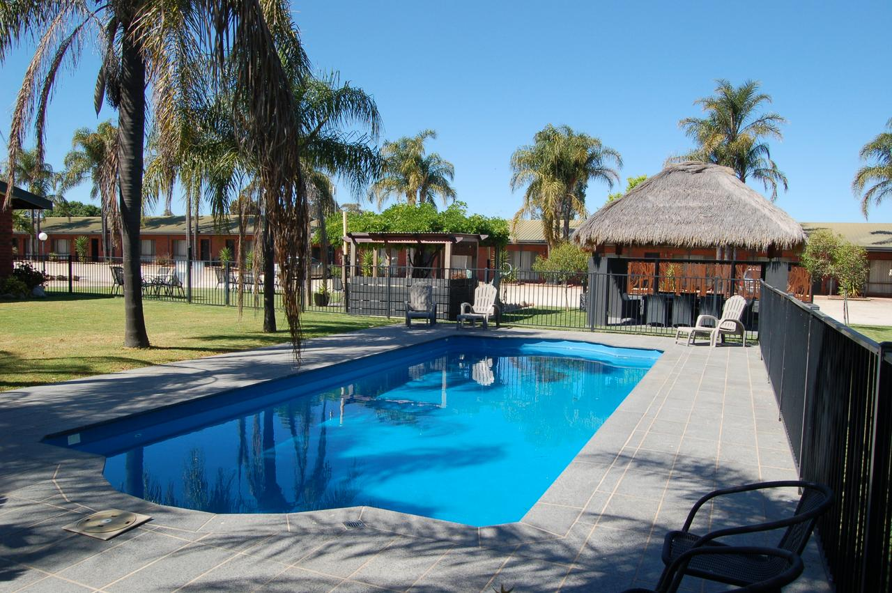 Federation Motor Inn - Corowa - Geraldton Accommodation
