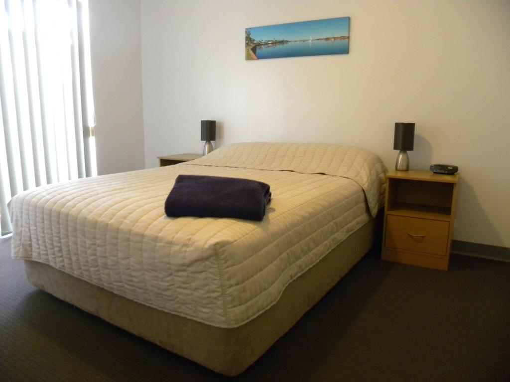Carnarvon Central Apartments - Geraldton Accommodation