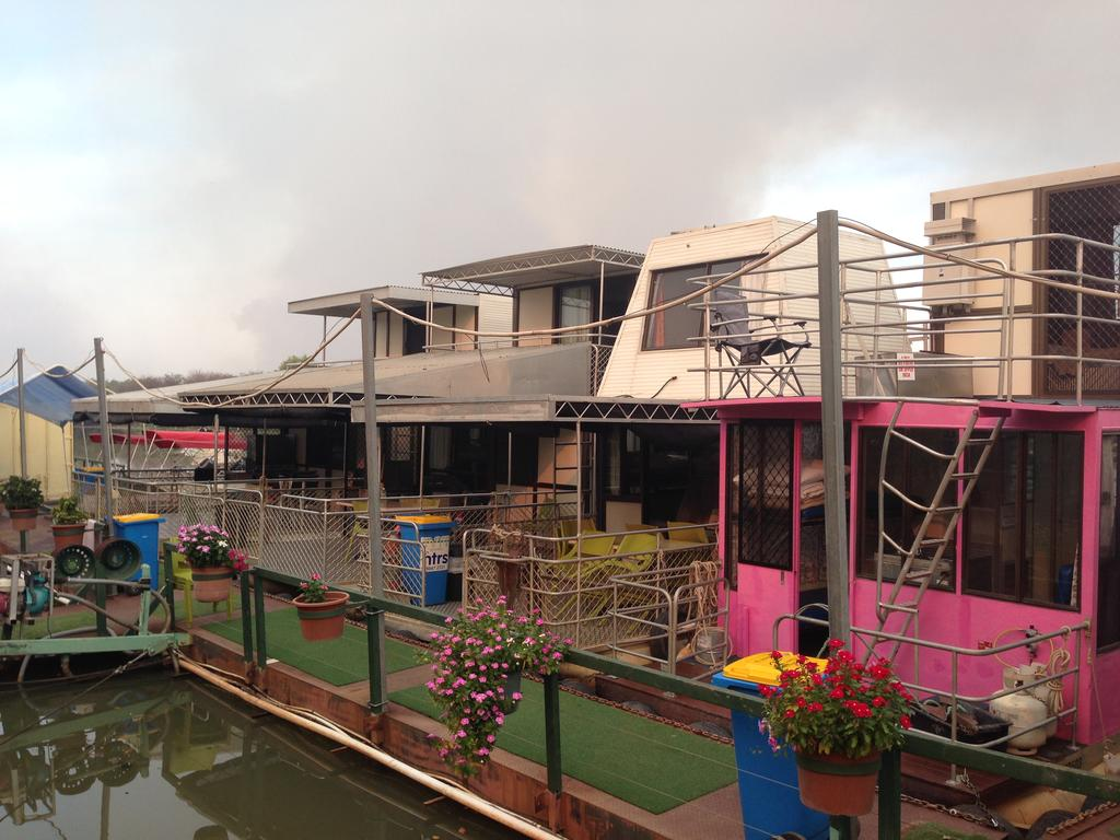 Corroboree Houseboats - Geraldton Accommodation