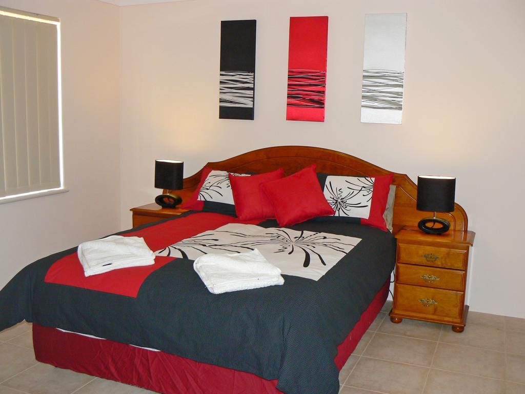 Geraldton Luxury Vacation Home - Geraldton Accommodation