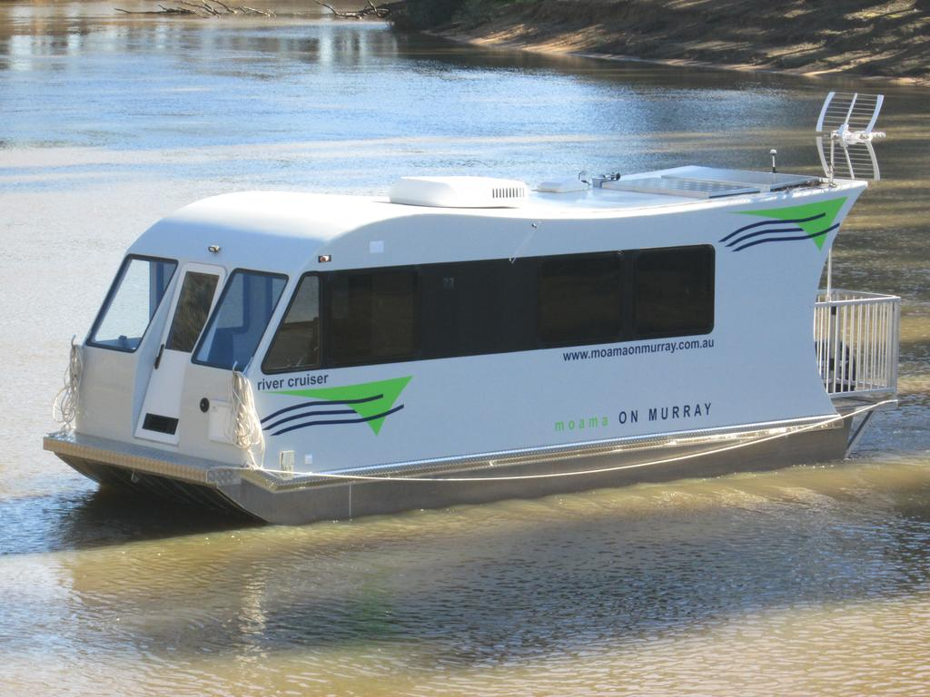 Moama on Murray Houseboats - Geraldton Accommodation