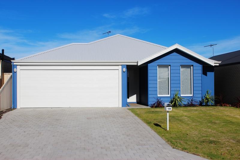 The beach house - Geraldton Accommodation