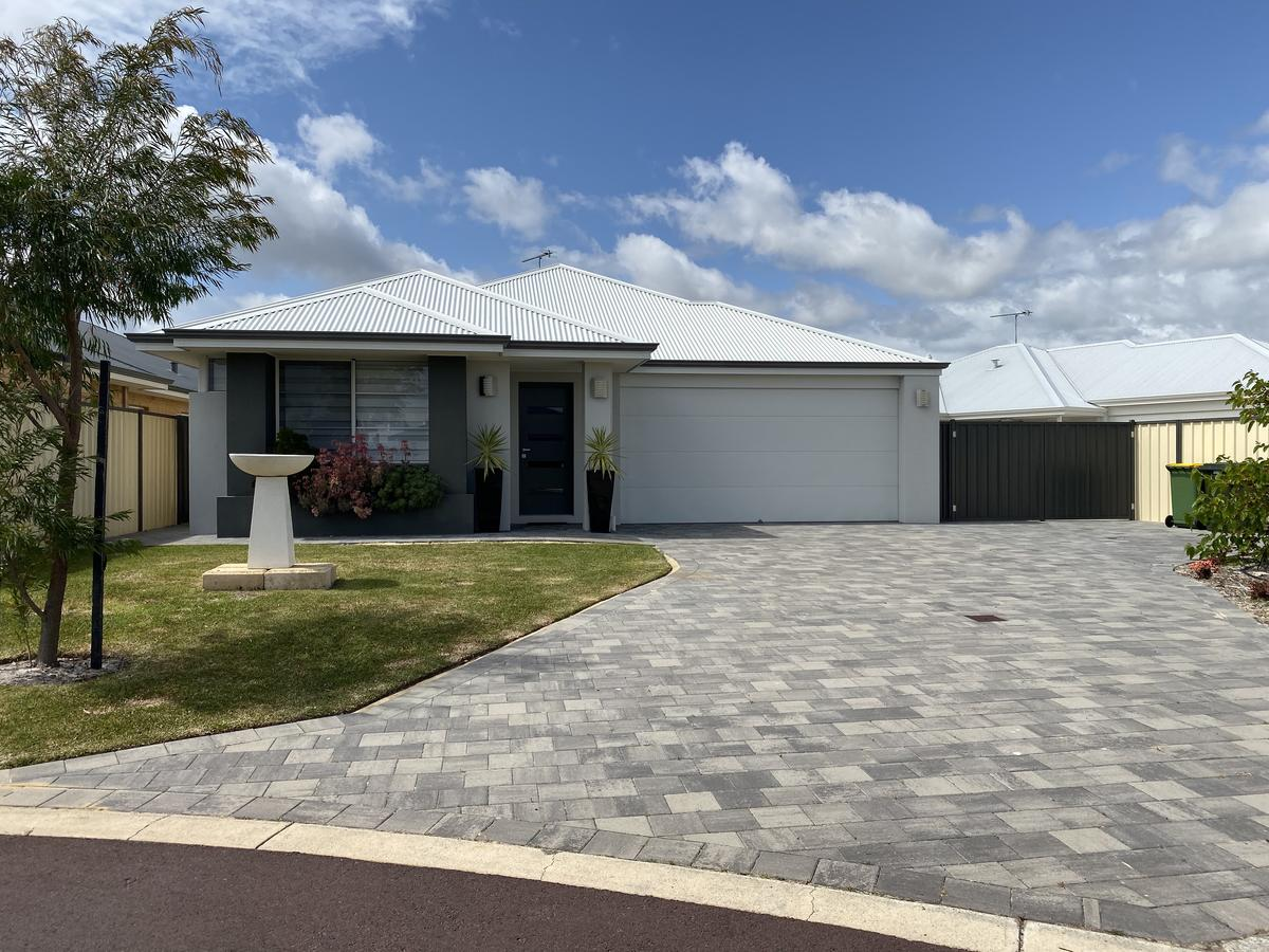 Be Wowed By Bayou - Busselton - Geraldton Accommodation