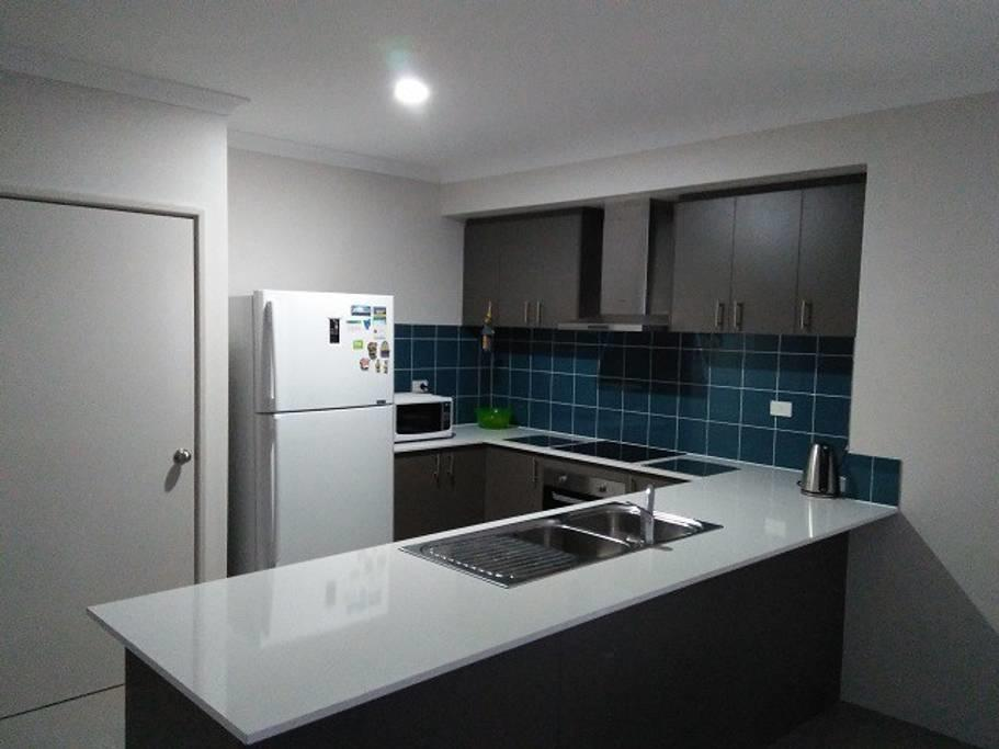 Near Train Station - Geraldton Accommodation