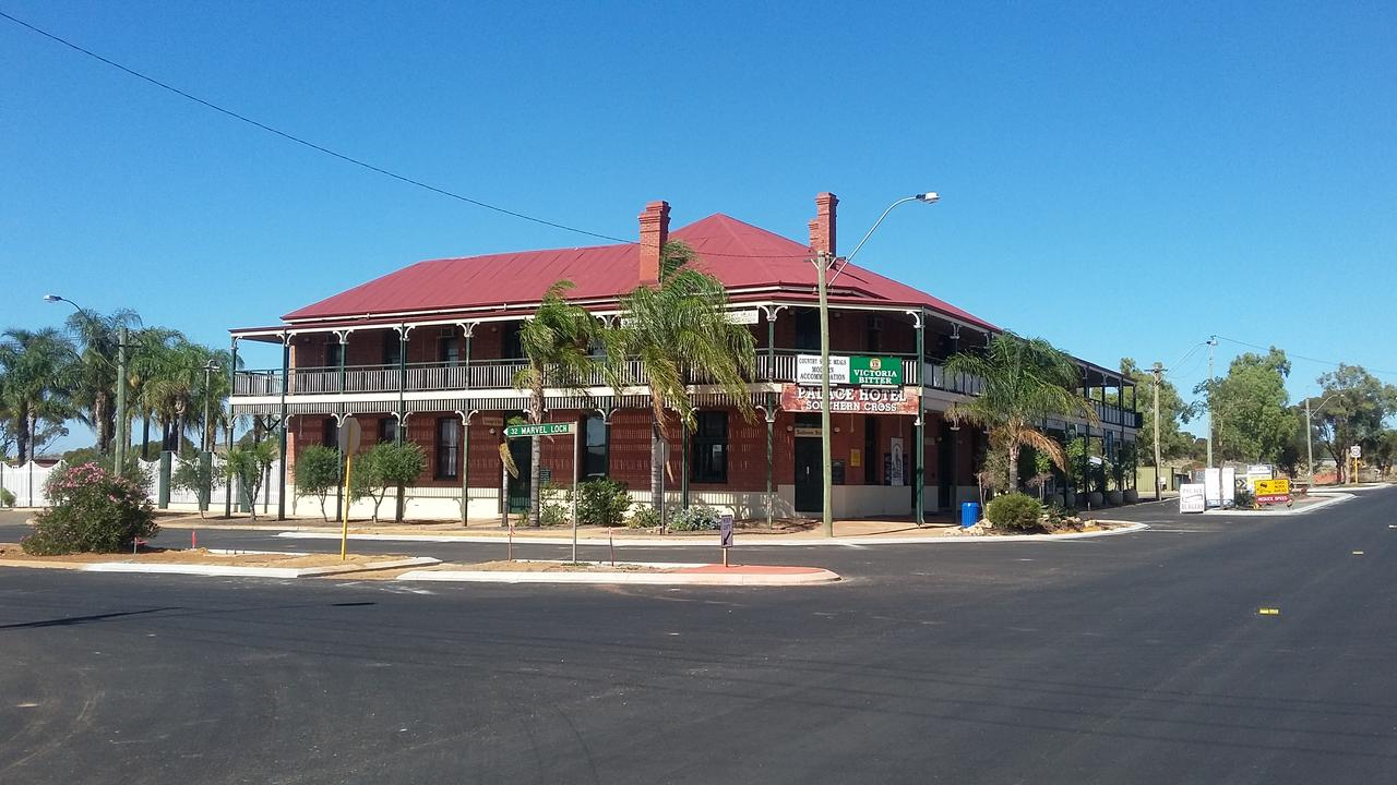 The Palace Hotel - Geraldton Accommodation
