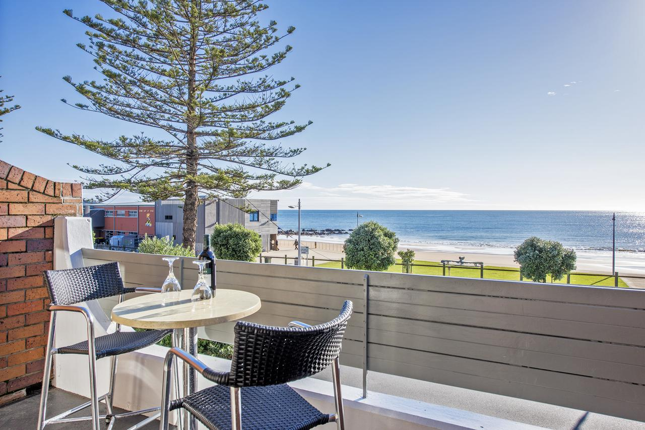 Beachfront Voyager Motor Inn - Geraldton Accommodation