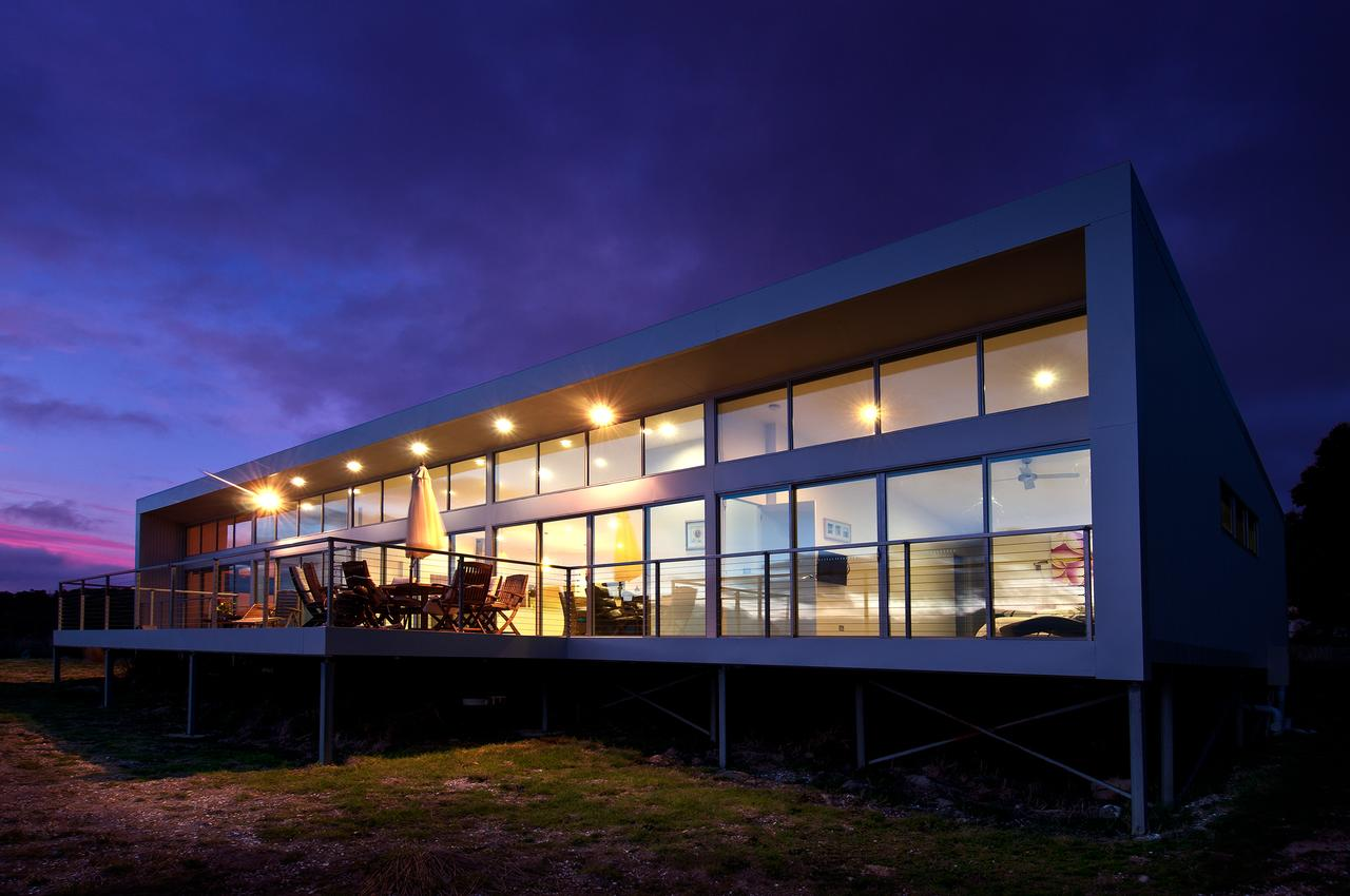 Sunset Bay Escape - Geraldton Accommodation