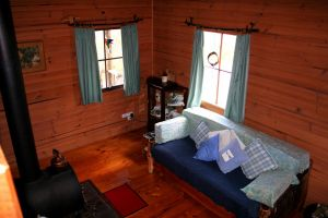 Cradle Mountain Love Shack - Geraldton Accommodation