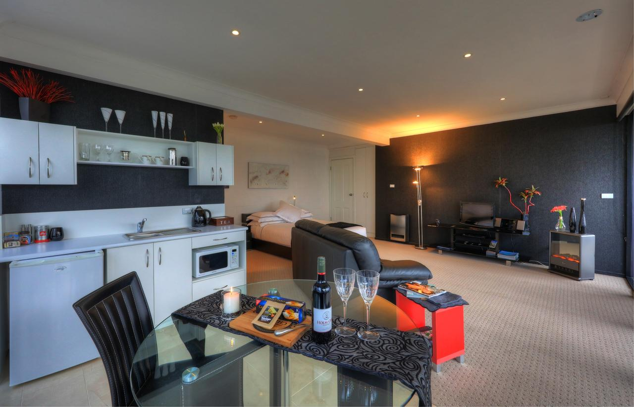 Sheer Pleasure Accommodation - Geraldton Accommodation