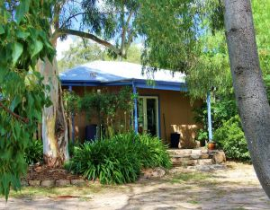 Rose Cottage - Geraldton Accommodation