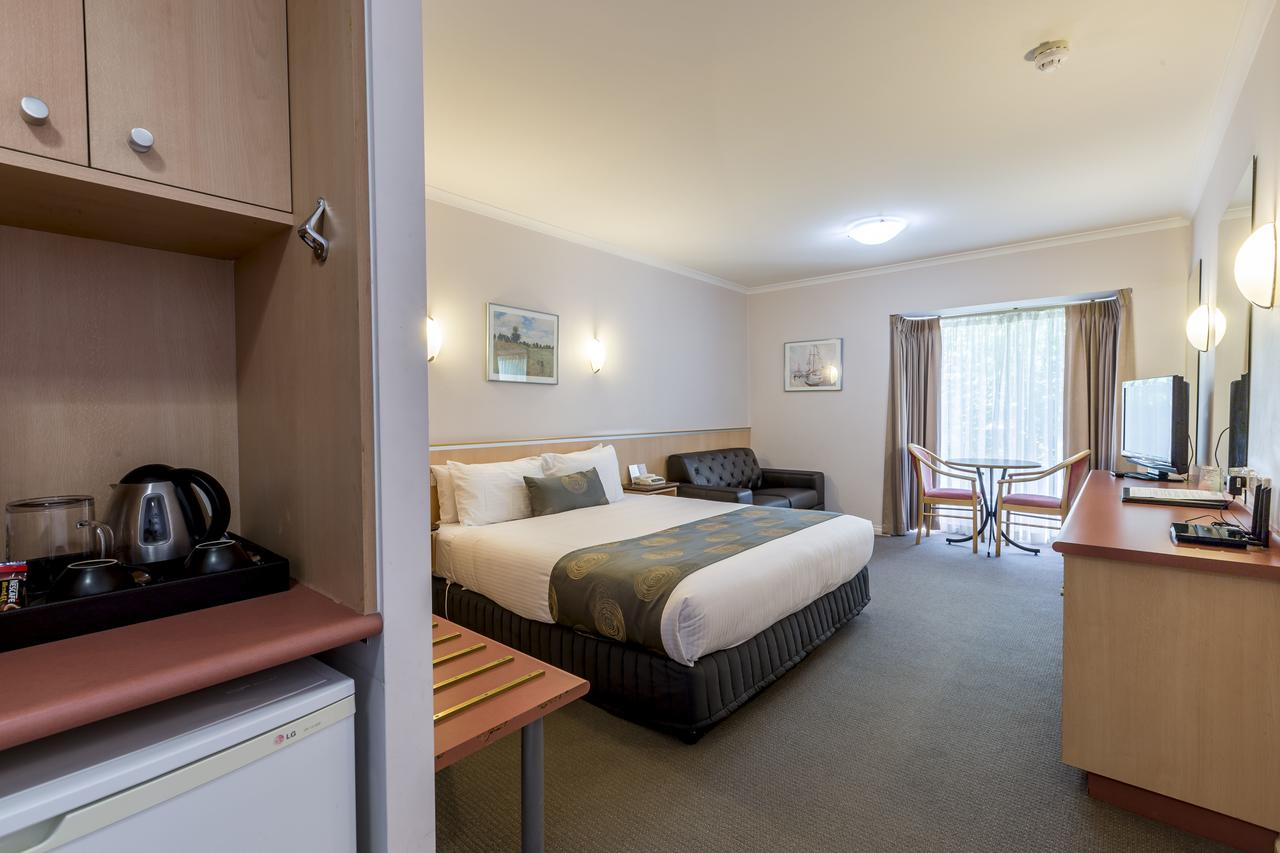The Waverley International Hotel - Geraldton Accommodation