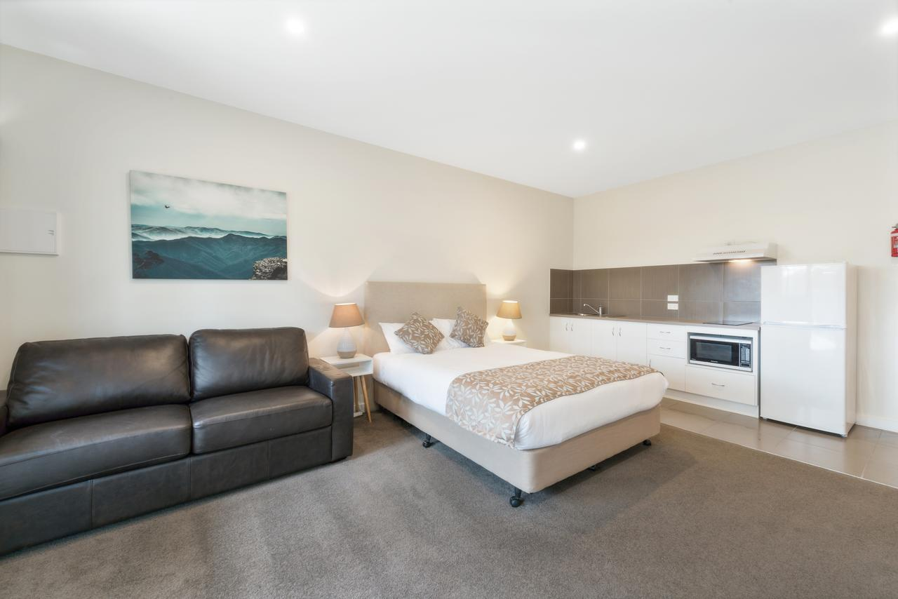 High Country Holiday Park - Geraldton Accommodation