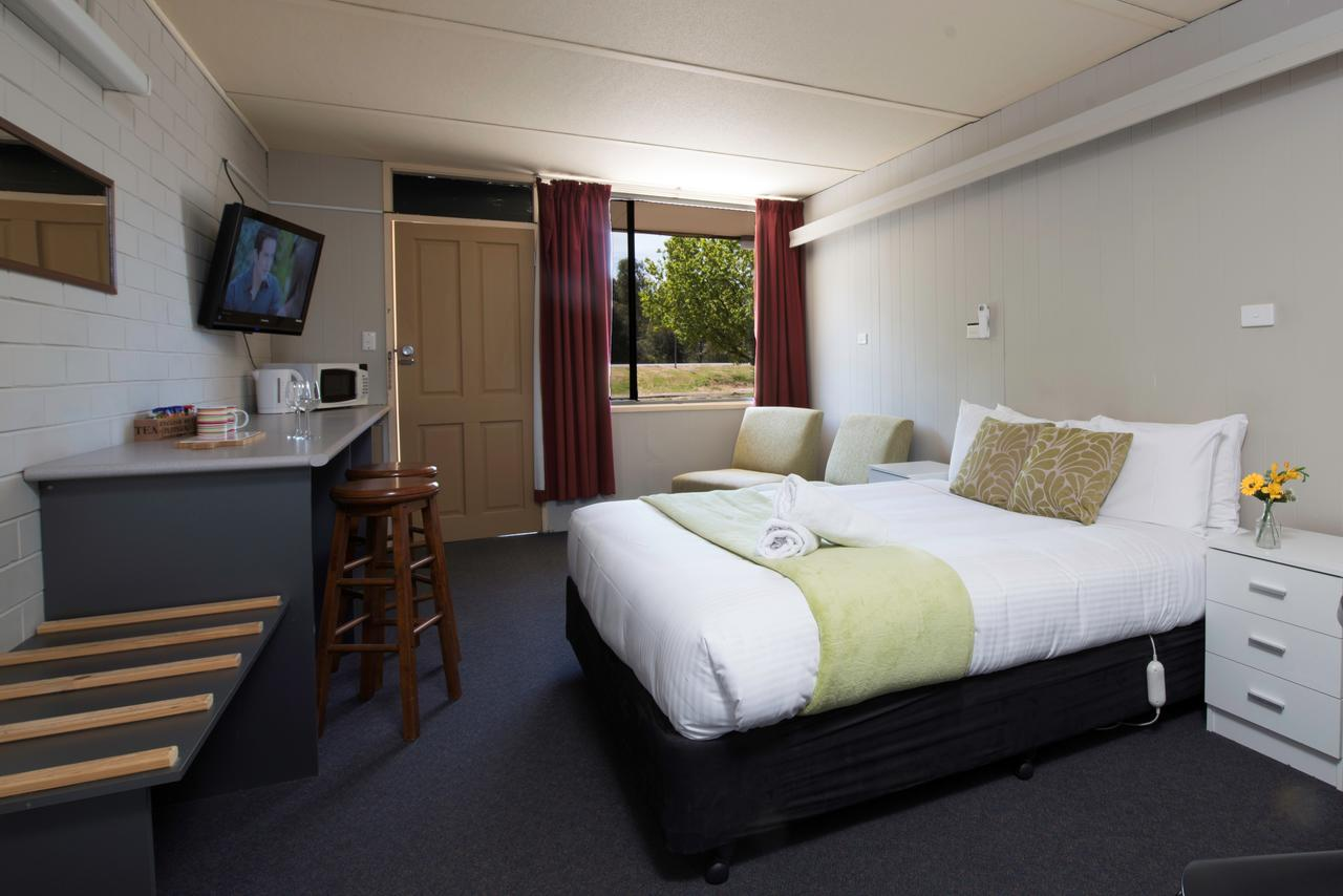Bridgewater Motel - Geraldton Accommodation