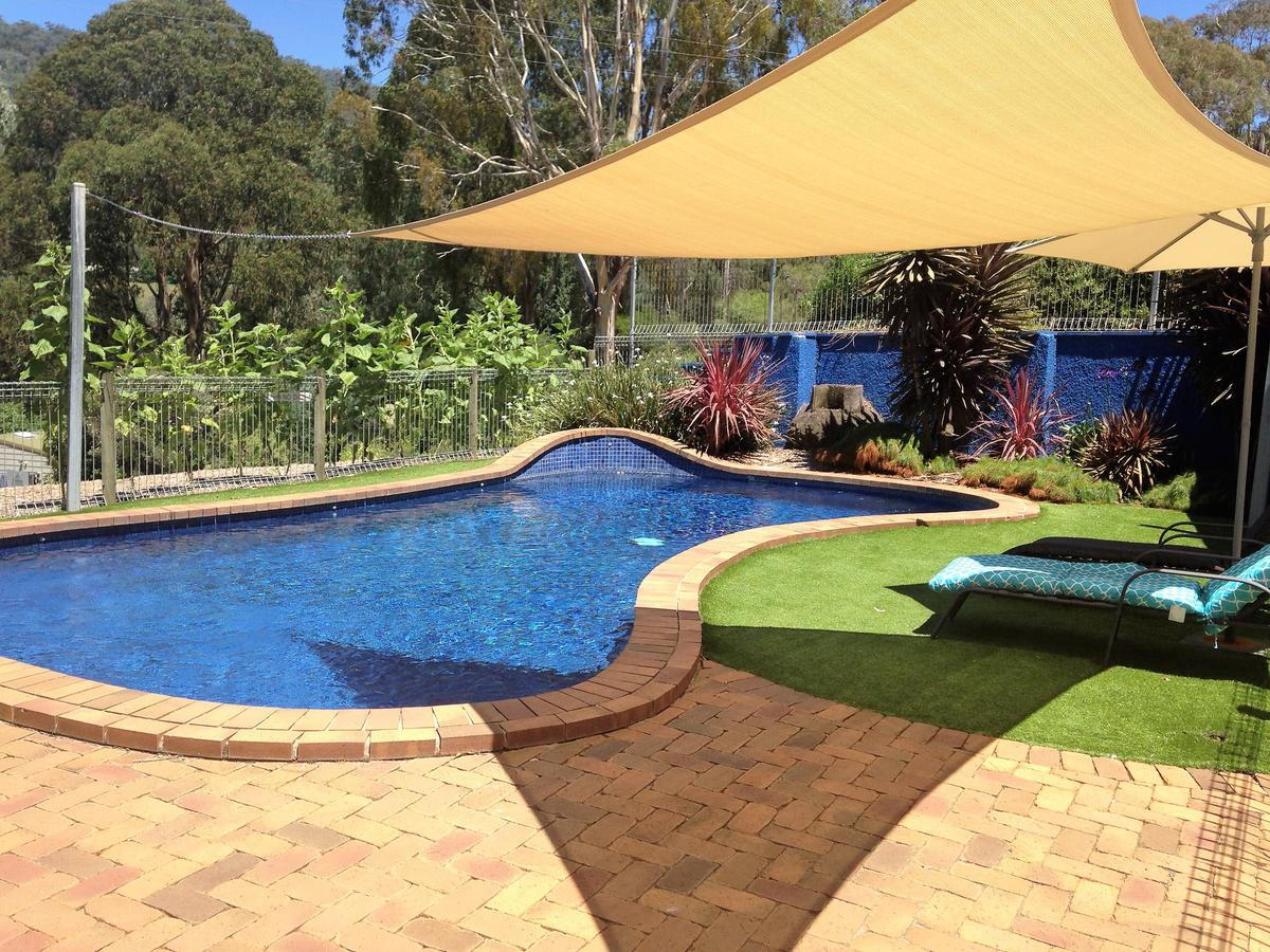 Snow View Holiday Units - Geraldton Accommodation