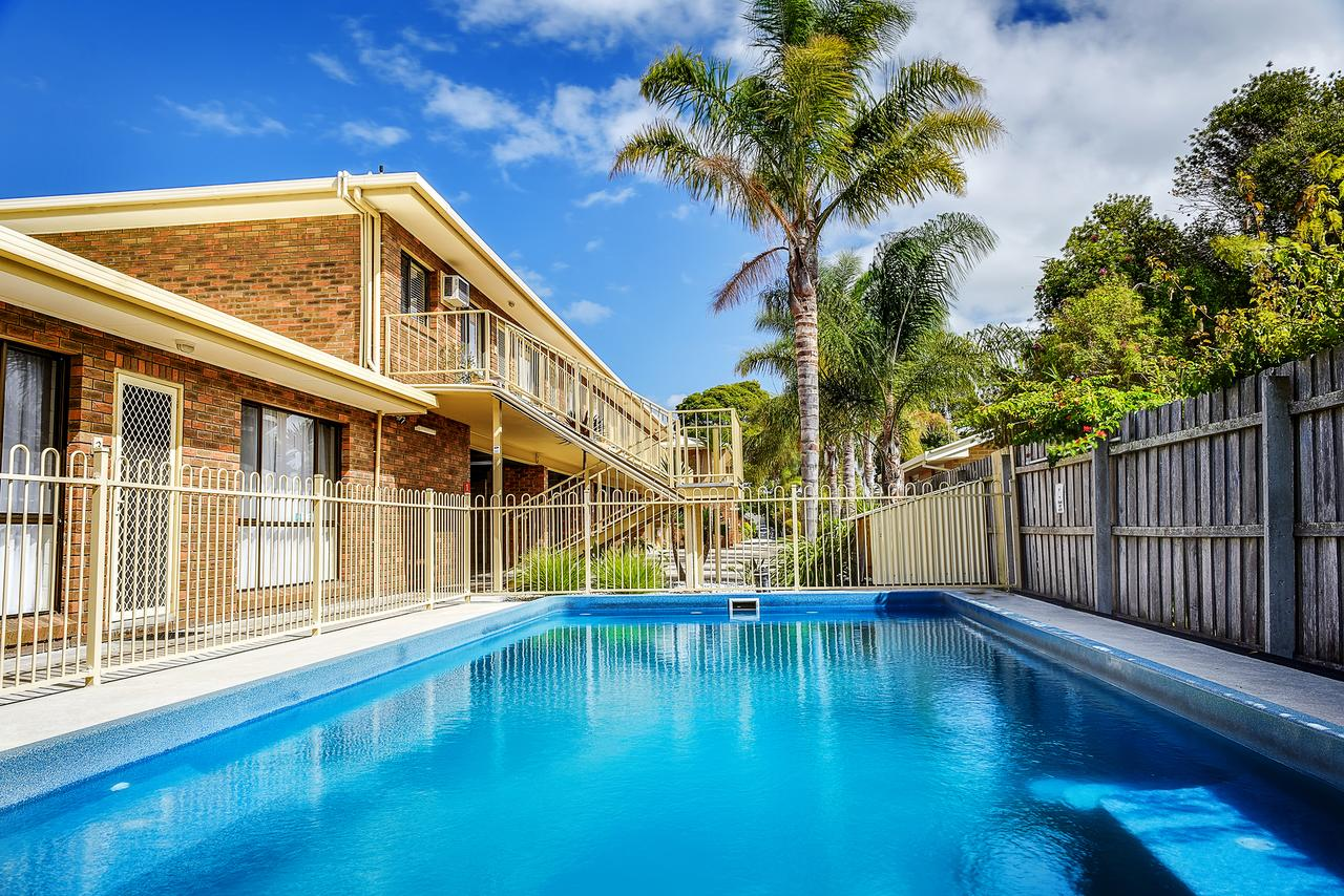 Allambi Holiday Apartments - Geraldton Accommodation